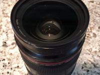 Canon EF 24-70 f/2.8L lens for sale in excellent