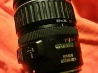 Canon EF 28-135mm f/3.5 -5.6. IS (Image Stabilizer) USM