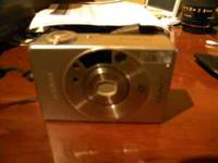 Canon ELPH 2-Beautiful Pocket APS Film Camera-Mint The