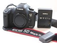 For sale a very low usage camera Canon 5D Mark III with
