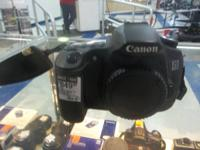 Canon EOS60D camera for sale, Asking 850.00  Call  or