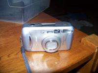 Canon Sure Shot 130u 35mm film camera. Great Zoom lens