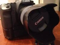 For sale is a like new Canon EF 35mm f1.4 L Lens. The