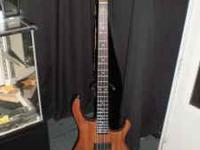 This is a beautiful 4 string bass. It is in new