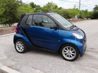 VERY FUN CAR, BEAUTIFUL 2008 SMART FOR TWO PASSION