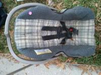 i have 2 diffrent car seat for sell i am asking 10.00