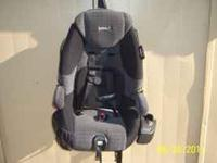 Nice Car seat by Safety 1st $30.00 call  or  Location: