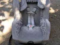 Graco car seat. Gray fabric, less than 2 years old. Can