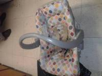 Hi I'm sellin my car seat with a matching stroller..