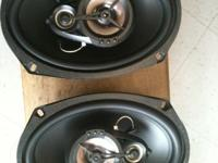 i am selling a set of car speakers i used them for six