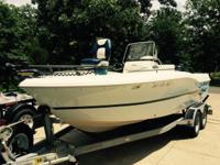 2006 CARAVELLE Sea Hawk 200 Center Console, low hours,
