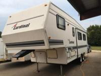 Cardinal RV Camper Trailer For Sale. GREAT Condition