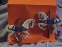 NICELY MADE MOLDED PLASTIC (2) CAROUSEL HORSES & (2)