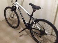 .CARRERA CROSSFIRE 1 HYBRID MENS BIKE 2015 GIANT TREK