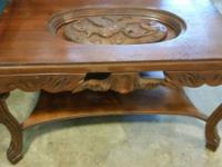 ANTIQUE: removable glass top, shelf underneath, very