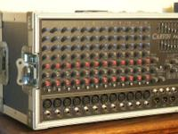 1 Carvin PA 1200, 1,000 watts, Excellent Condition 2