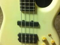 CARVIN BASS / One Body Carvin Bass Neck through body