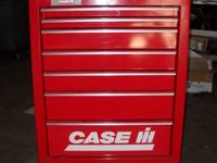 "40""H x 30""W x 20""D 7 drawer roll cabinet Case IH Logo"