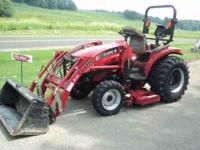 "Case IH Hydro DX33 with MWX60s Mower, 60"" deck, radio"