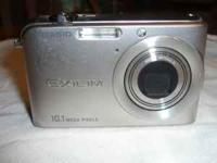 for sale NON WORKING Casio Exilim Ditigal Camera, model