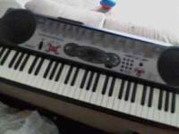 Casio lk-35 keyboard Lighted keys 100 song bank 100