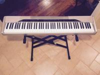 Like new condition full-size digital piano with 88 keys