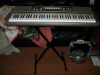 Casio WK-200 76-Key Digital Keyboard Workstation The