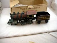 Cast Iron Classics Train & Car Railway Engine With Box