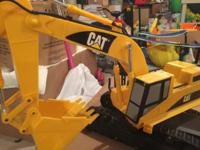 CAT 15 inch Excavator Remote with Light and Sound This