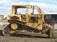 1989 CAT D6H XL II. Open Canopy with Sweeps. Good