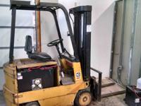 We have an electric CAT Forklift to sale. This unit is