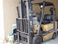 Caterpillar Forklift General, Commerical or Industrial