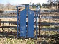 For sale is a Priefert cattle gate head. Good