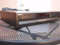 Sony 5 Disc CD changer. Discs can be played back to