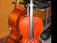 BEAUTIFUL CELLO! 3/4 size Like New! Great tone Bow and
