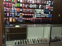 CELLPHONE ACCESSORIES STARTING AT ONLY 10$  LARGE