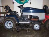 Central Park Lawn Tractor 50in deck, 20 hp kohler