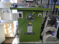Central Pneumatic 120 Wood Shaper 3HP Forward Reverse 2