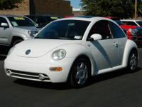 This 2010 Volkswagen New Beetle FINAL EDITION has it