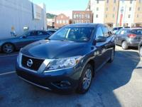 Pathfinder S 4X4!! Nissan Certified!! Only 57,000