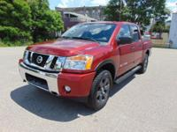 Titan SV Crew Cab 4X4!! Nissan Certified!! Only 32,000