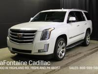 2016 Cadillac Escalade Luxury 4WD Crystal White Tricoat