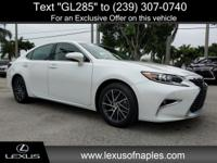 ** LEXUS CERTIFIED **, ** ONE OWNER **, ** MOONROOF