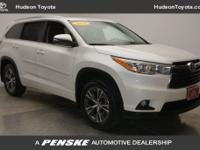 2016 Toyota Highlander XLE V6, CLEAN ONLY 11K
