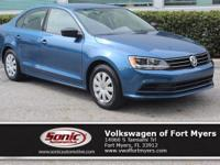 Boasts 40 Highway MPG and 28 City MPG! This Volkswagen