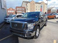 Titan SV Crew Cab 4X4!! Nissan Certified!! Only 7,000