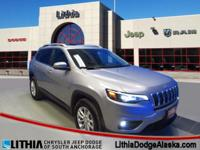 CARFAX 1-Owner, Jeep Certified. FUEL EFFICIENT 29 MPG
