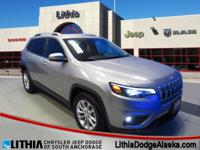 EPA 31 MPG Hwy/22 MPG City! CARFAX 1-Owner, Jeep