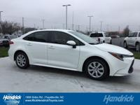 FUEL EFFICIENT 38 MPG Hwy/30 MPG City! CARFAX 1-Owner,