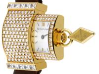 This decadent design from Van Cleef & Arpels is the